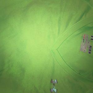 Tops - Bright green under armor longsleeve